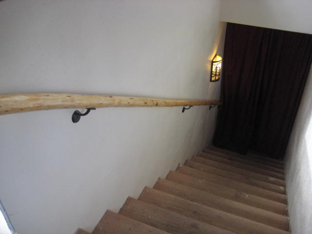 The stairway rail and light